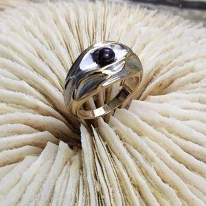 Anitanja Driftcone Black Pearl Ring